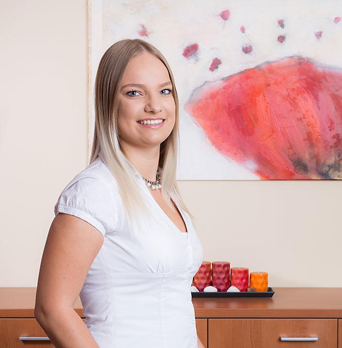 Elisabeth Kager, Berufsanwärterin